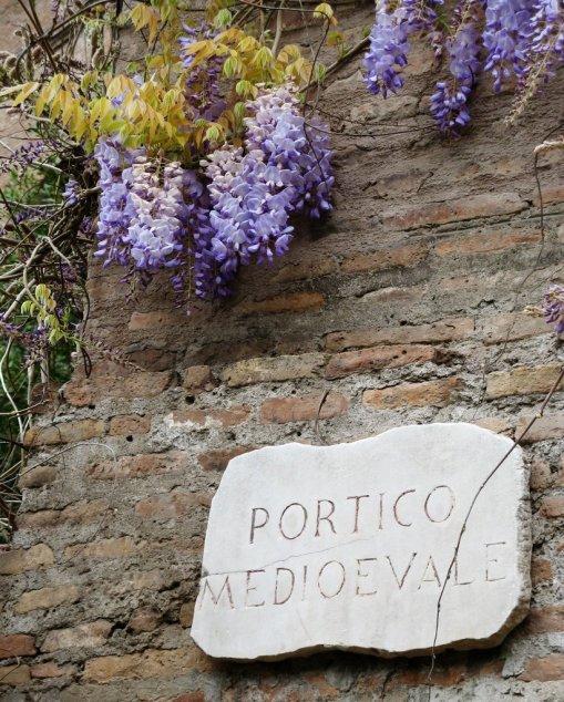 Portico Medioevale